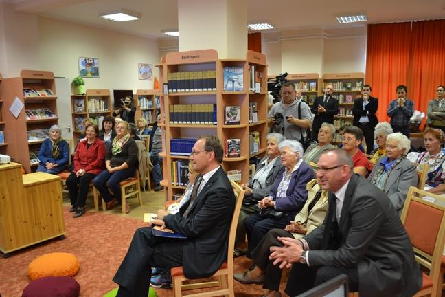 KönyvtárMozi Dunafalván
